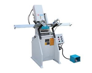 塑料型材双轴、三轴水槽铣LXC01-2-3
